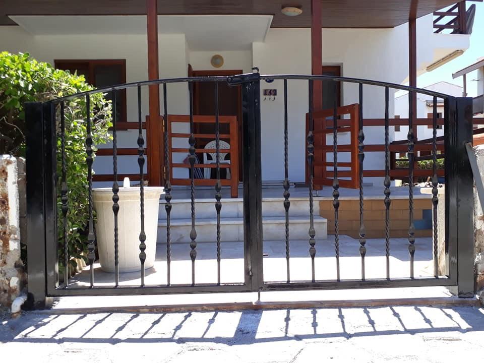 Các loại cửa cổng lắp đặt trong gia đình