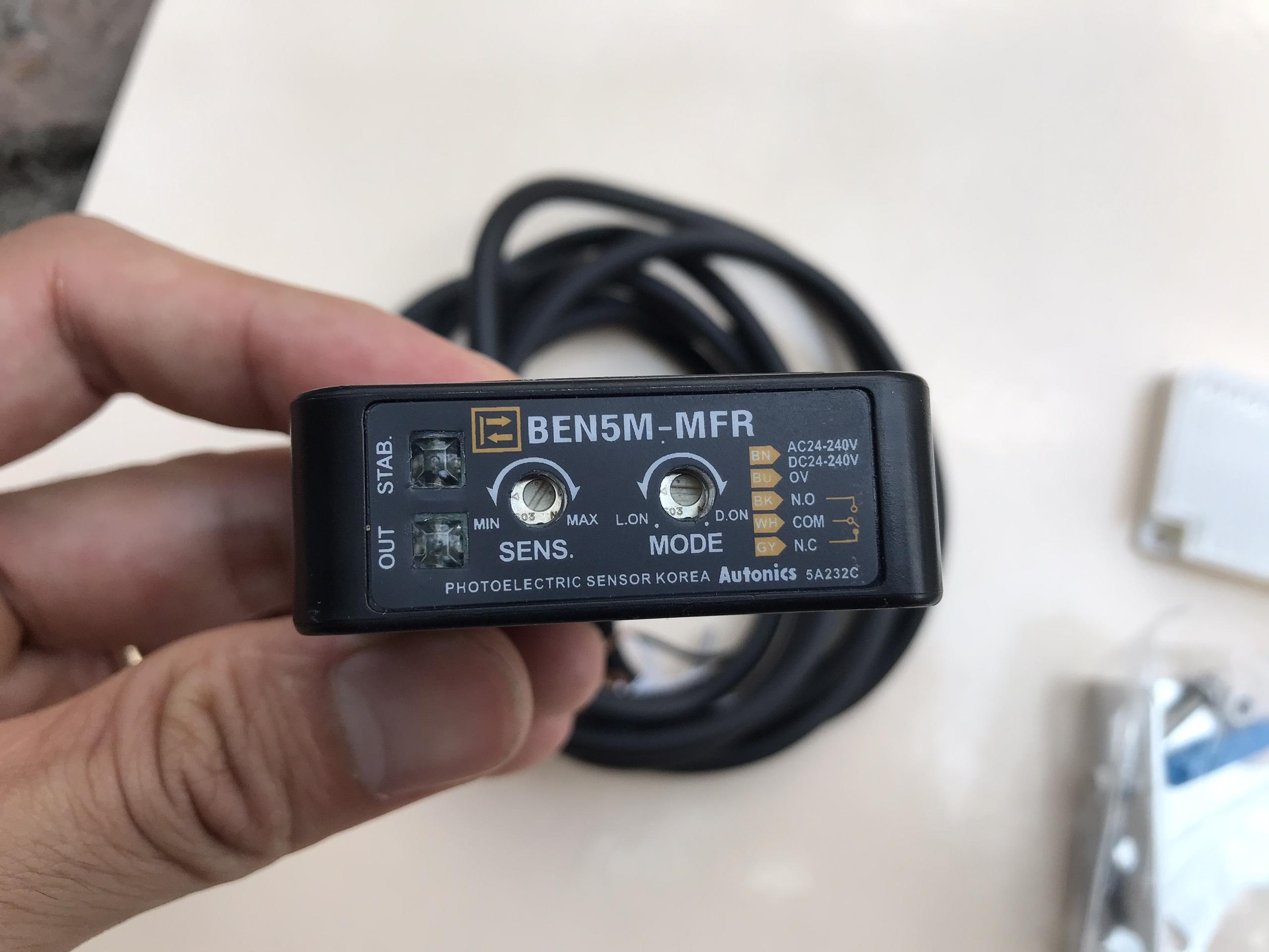 Cảm biến tự dừng sensor dành cho cửa tự động