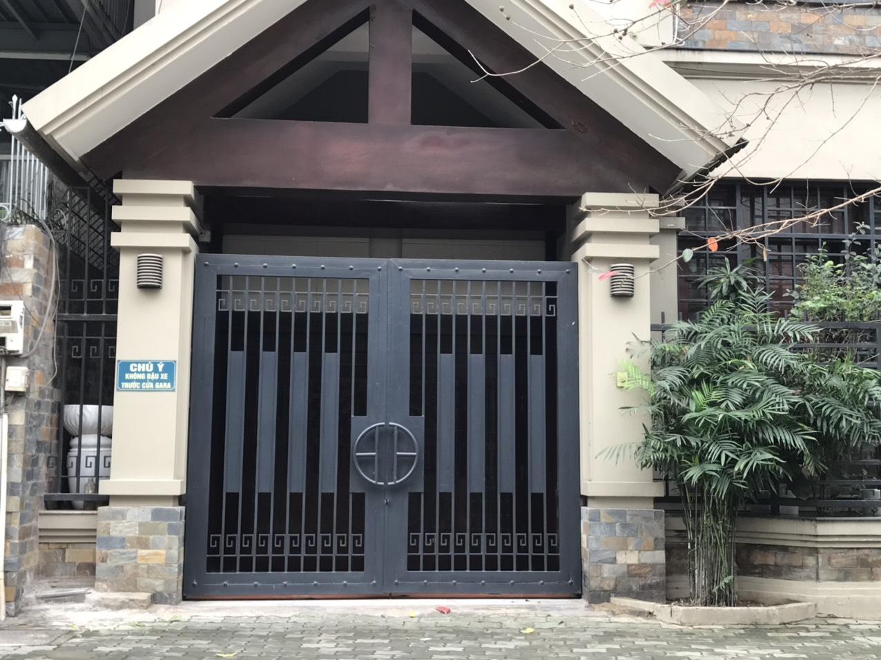 cổng âm sàn tự động