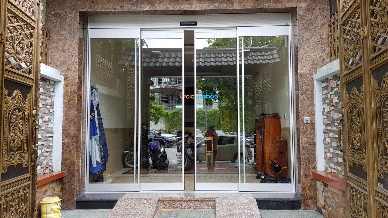 cửa kính cường lực cửa tự động
